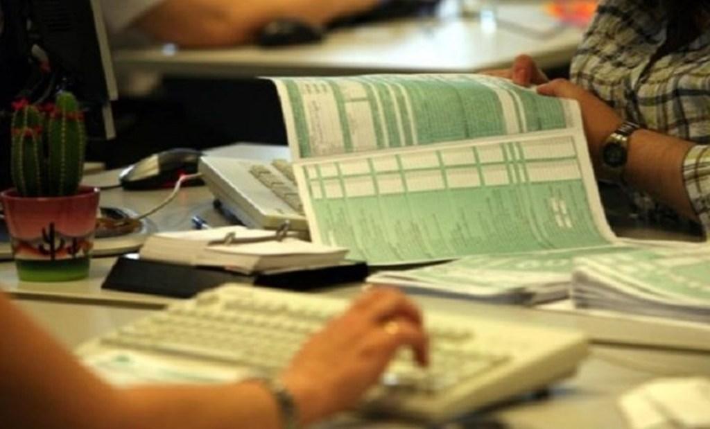 Φορολογικές δηλώσεις: Συνεχίζεται η υποβολή και τον Ιούλιο - Έρχονται νέες φορολογικές ανάσες