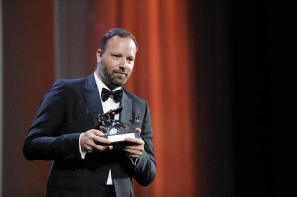 O Γιώργος Λάνθιμος διεκδικεί το βραβείο του Καλύτερου Ευρωπαίου Σκηνοθέτη
