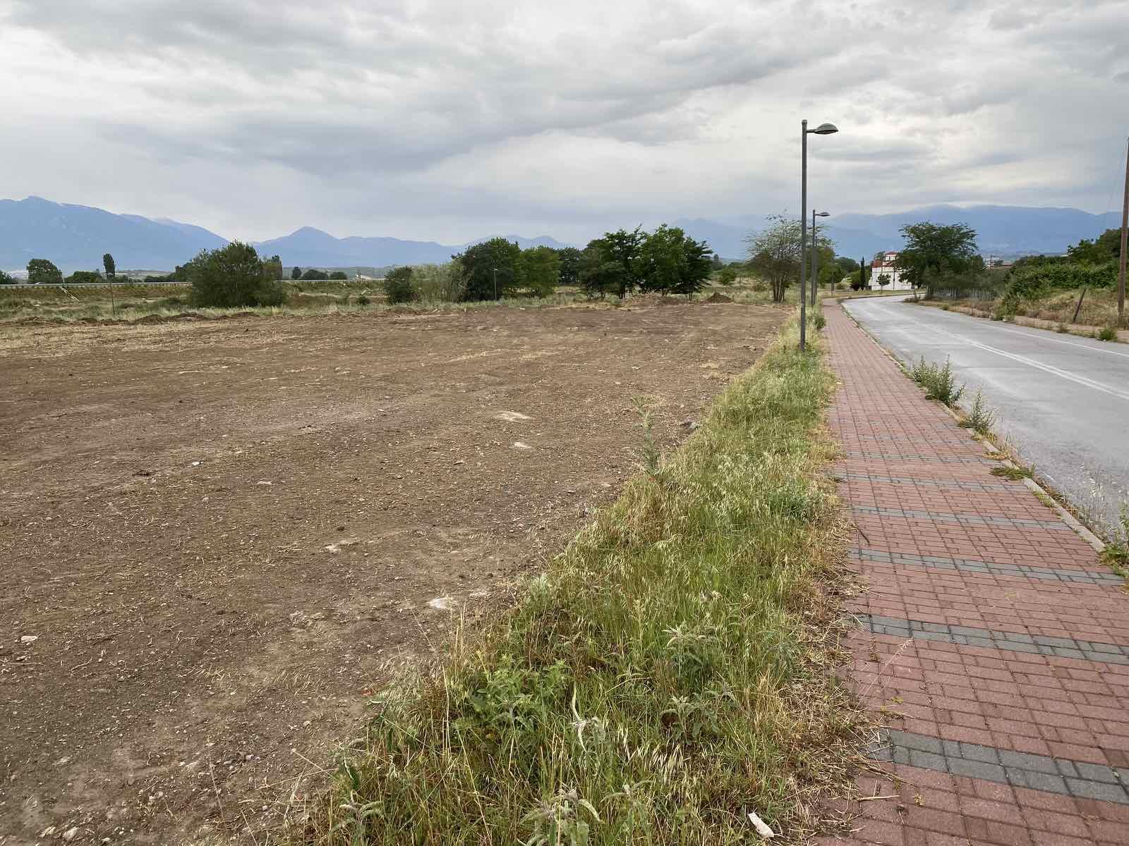 Επιχείρηση καθαρισμού στην περιοχή του Πέλεκα - Απομακρύνθηκαν μπάζα, ογκώδη αντικείμενα και σκουπίδια